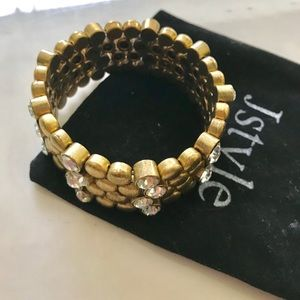 J. Crew Jewelry - 💗JCrew Gold & Crystal stretch Bracelet 💗